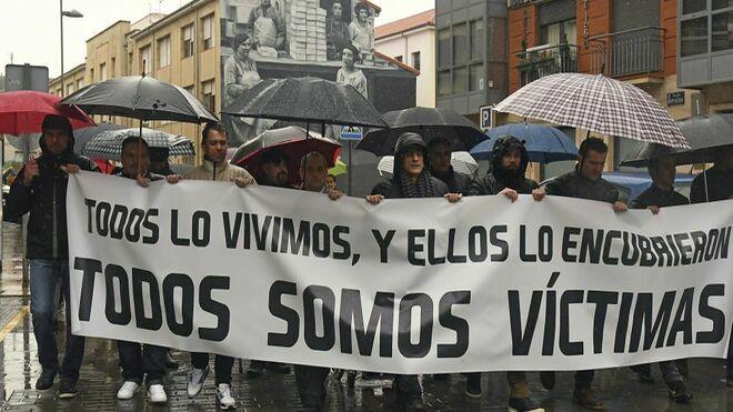 Las víctimas piden a los obispos españoles que cumplan las medidas antiabusos del Papa