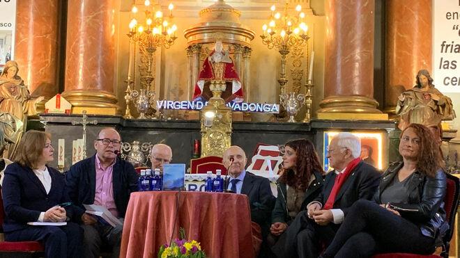 Presentación del libro de José María Castillo en San Antón