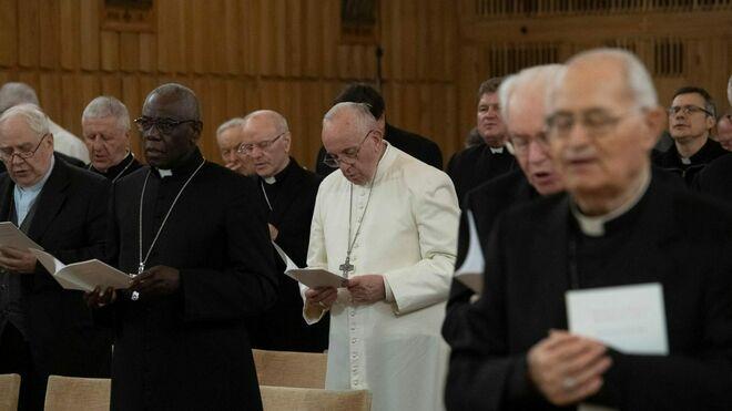 El Papa Francisco y la Curia Romana, de Ejercicios Espirituales