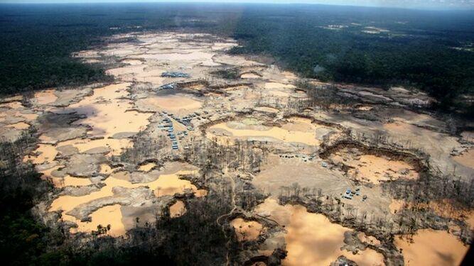 Efectos devastadores de la minería en la Amazonía
