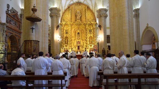 Sacerdotes de Jaén en la catedral de Baeza