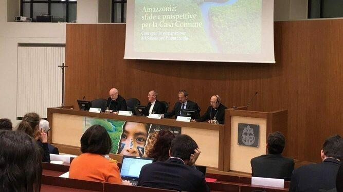 Conferencia en la Gregoriana sobre la Amazonía