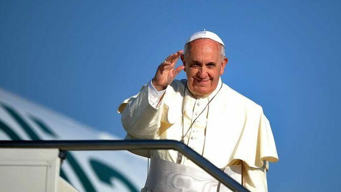 Francisco vuelve a África