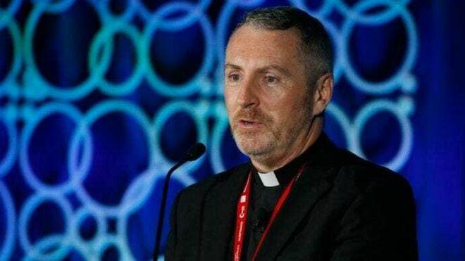 John Kennedy, jefe de la sección de disciplina en la Congregación para la Doctrina de la Fe en Roma