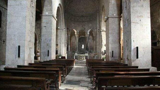 Iglesias vacías en España