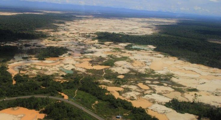 madre-de-dios-la-pampa-deforestacion-segundenfoque-735x400
