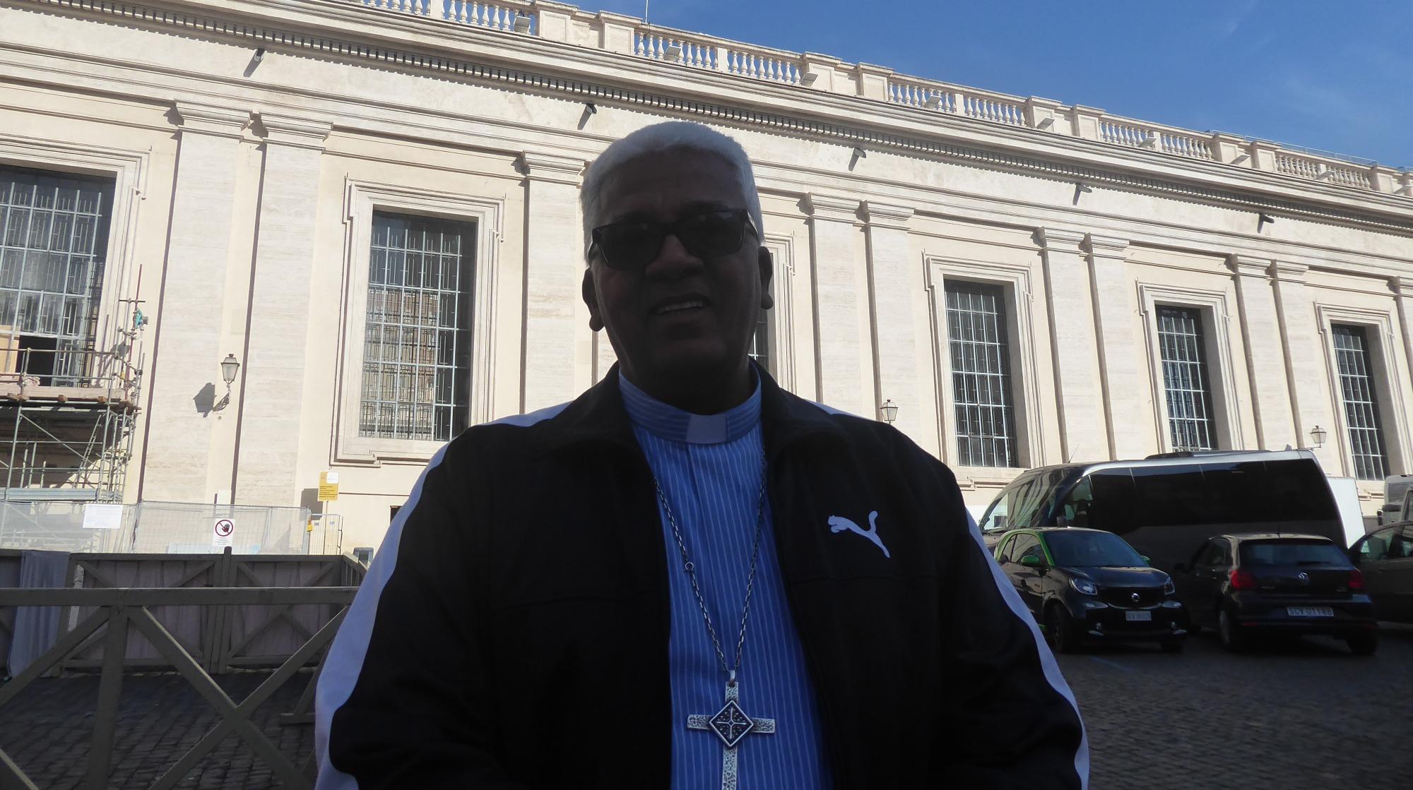 Monseñor Giovane Pereira de Melo.