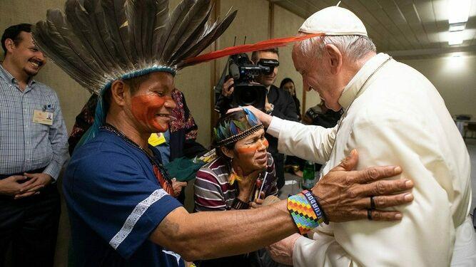 El Papa, con las comunidades indígenas