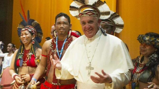 Nuevos ministerios para la iglesia amazónica: sacerdotes casados y  diaconado para la mujer