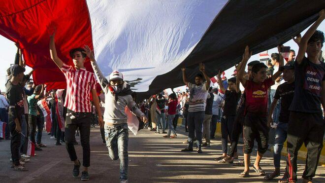 Resultado de imagen de cristianos irak bandera