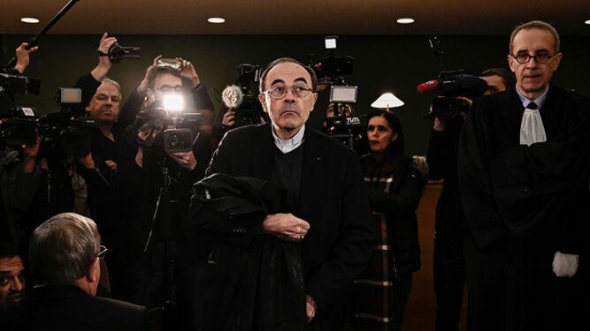 La Justicia francesa aplaza a enero el fallo sobre Philippe Barbarin