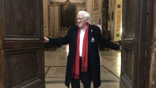 El padre Ángel, en la iglesia '24 horas' de Roma