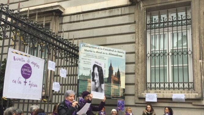 """La """"revuelta"""" de mujeres recuerda a Simone Weil"""
