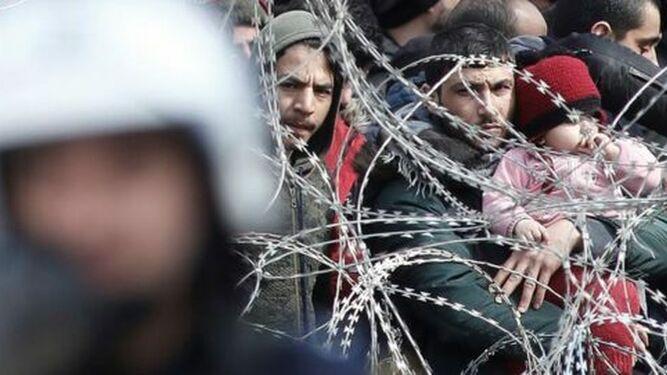 Los refugiados, tratados como animales