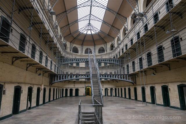 Irlanda-Dublin-Kilmainham-Gaol-Ala-Victoriana-Luz