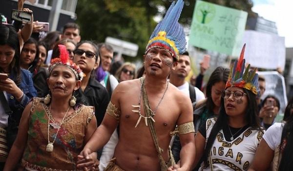 Indígenas se manifiestan en Manaos