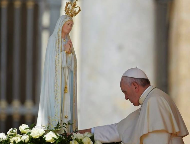 """Francisco: """"Bajo la protección de Nuestra Señora de Fátima, los ..."""