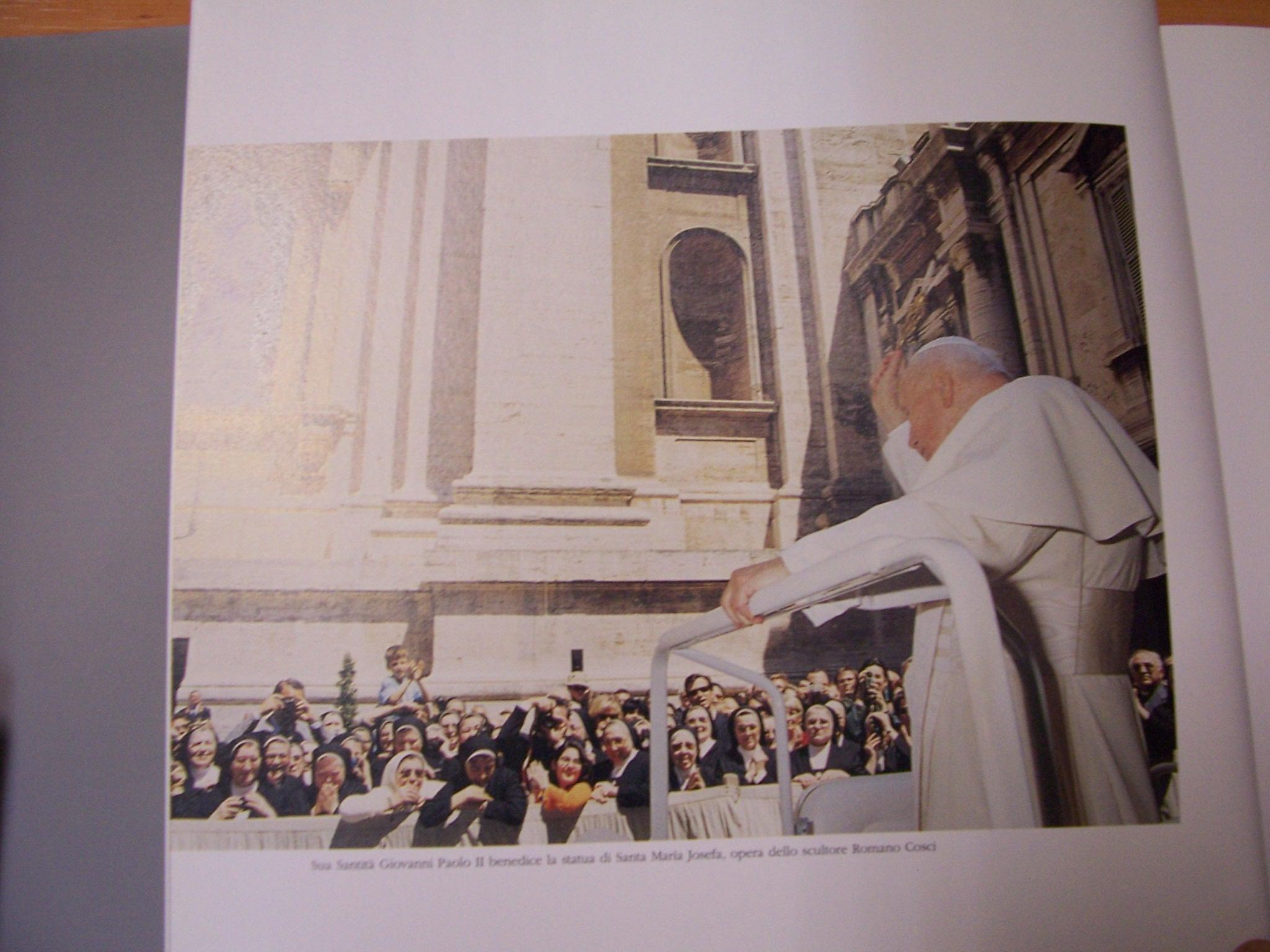 2002 JPII bendice imagen M
