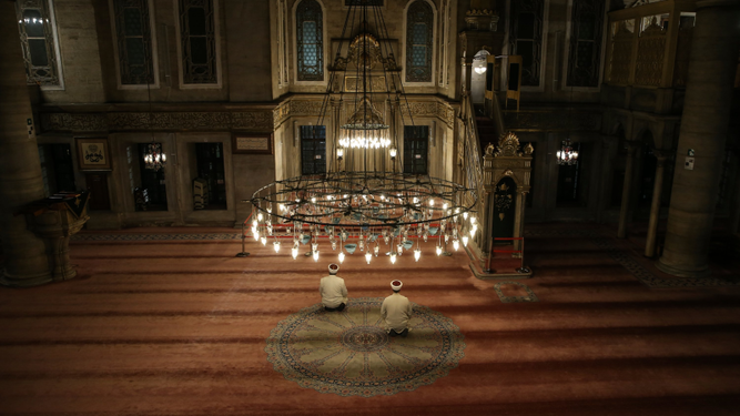 Un Ramadán con restricciones para el rezo