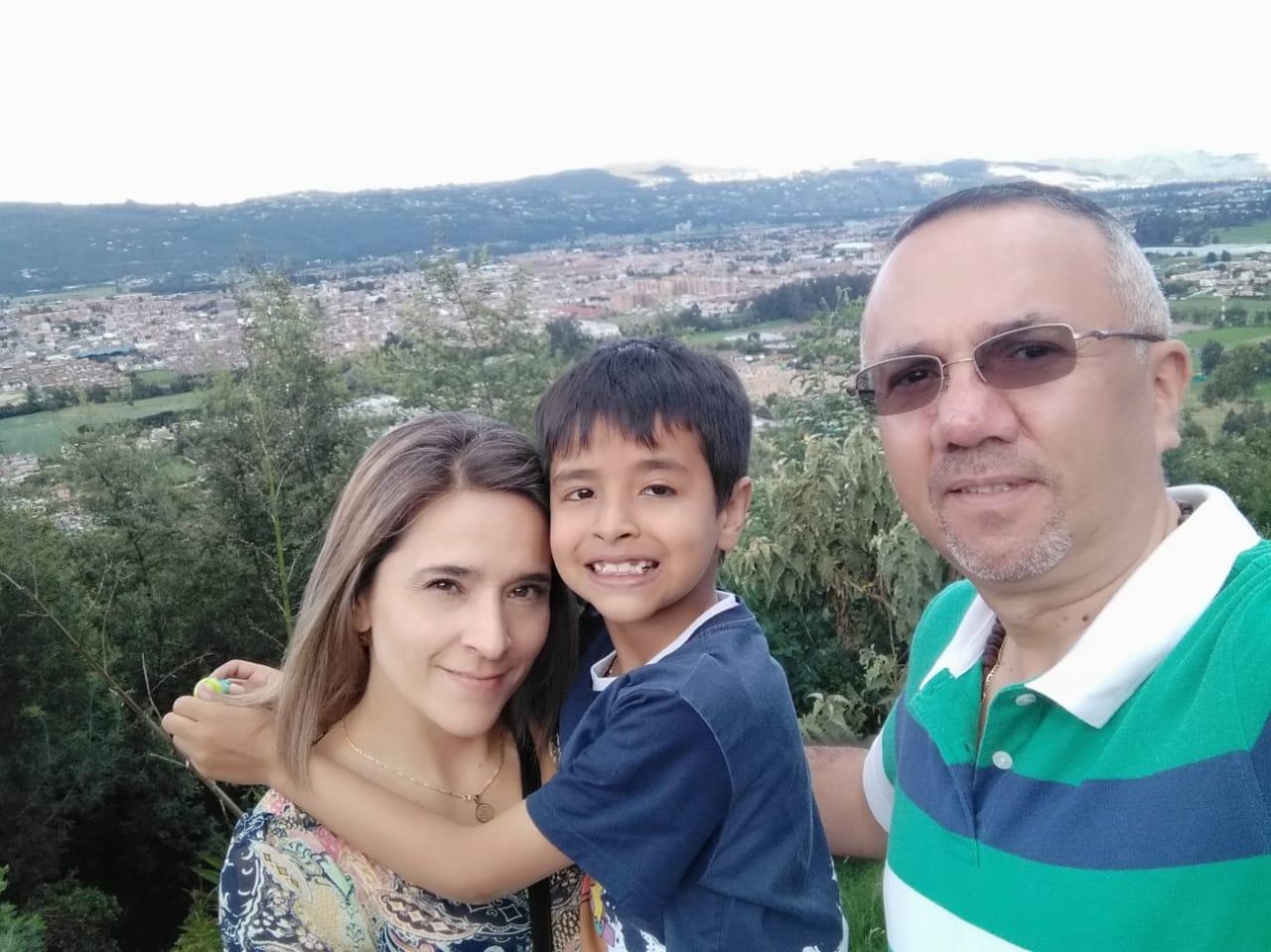 familia de Fabian Contreras COLOMBIA