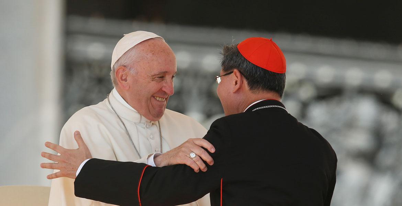 Cardenal Tagle con el Papa Francisco