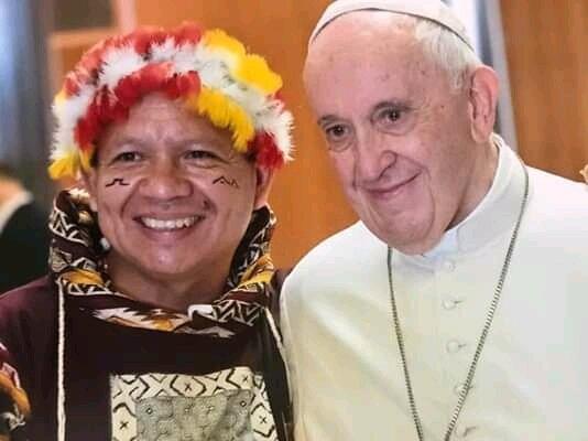 Gregorio Díaz Mirabal con el Papa Francisco