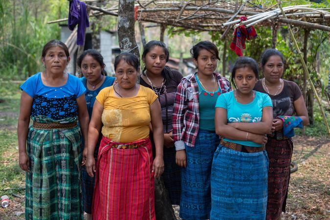 Mujeres en Guatemala. Foto James Rodríguez