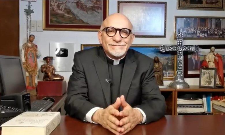 Aguilar Valdés.  ¿Y si el cardenal tomara el teléfono?