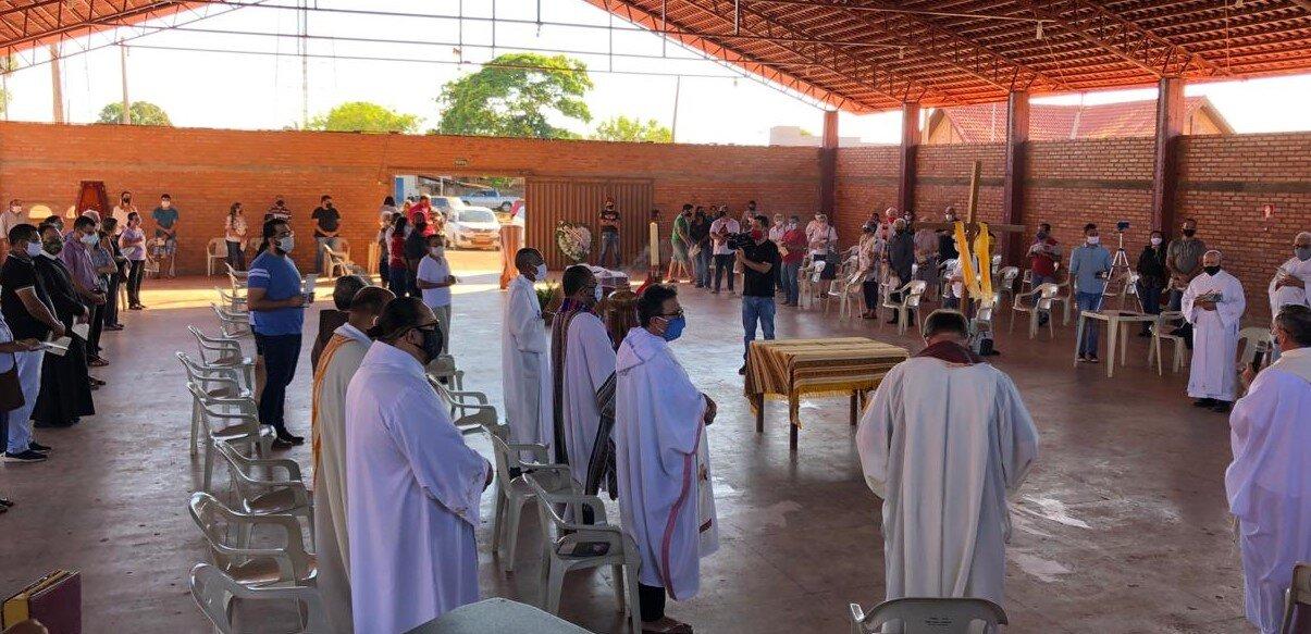 Misa de Pedro Casaldáliga en Ribeirão Cascalheira