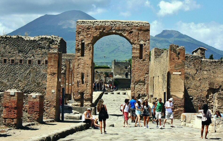 Pompeya-Arco-Onorario-FB-001