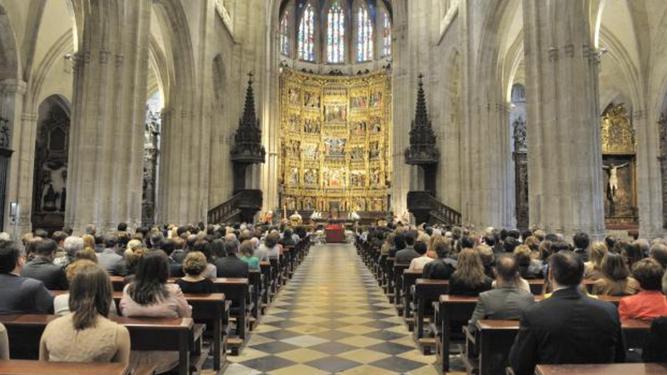 Vista interior de la catedral de Oviedo