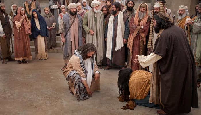 Jesús-y-la-mujer-que-cometió-adulterio_opt