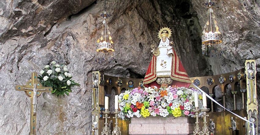 santina-de-covadonga-virgen-de-covadonga