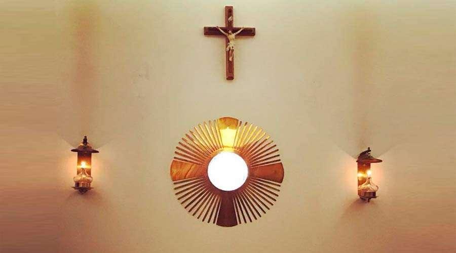 Adoración-PerpetuaDiocesisVillarrica150818
