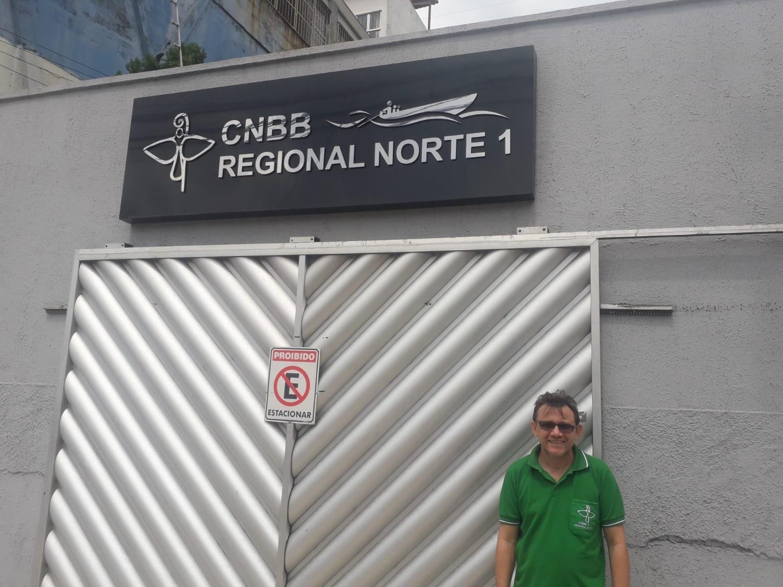 Francisco Lima en la sede del Regional Norte 1 de la CNBB