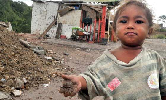 460376_pobreza-d-560x336