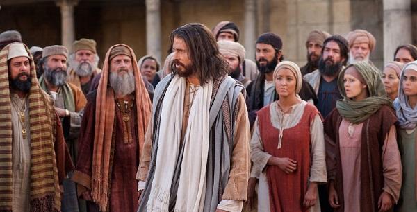 JESUS-Y-LA-MULTITUD