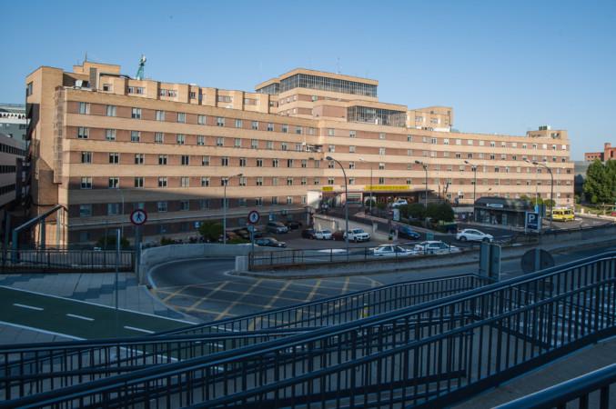 hospital-ambulancia-clinico-virgen-de-la-vega-36-677x450