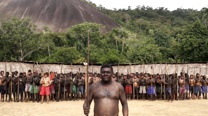Indígenas yanomamis