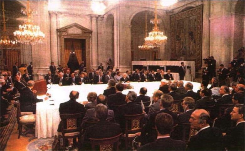 carlos-peralta-de-opp-en-la-cumbre-de-madrid-1991