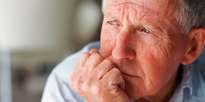 Demencia-senil-en-ancianos-1-700x350