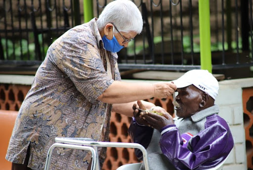 Vida Religiosa entre os pobres
