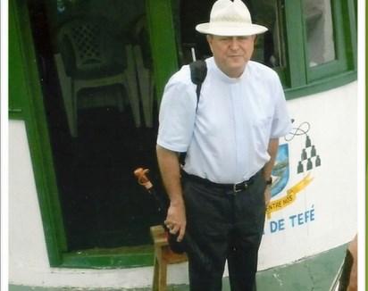 Mons. Sergio en Tefé