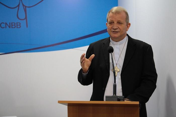Mons. Mario Antonio