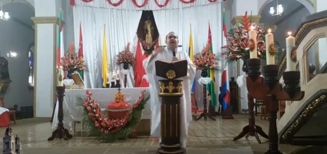 sacerdote colombiano contra el paro nacional