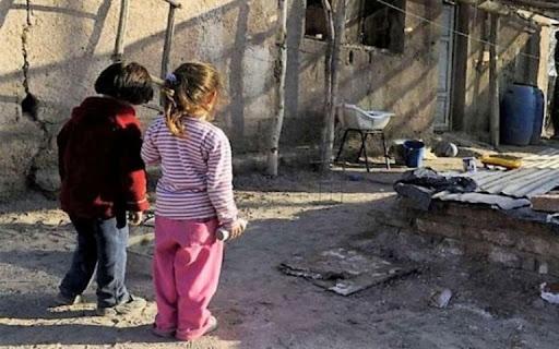 Niños en una Villa