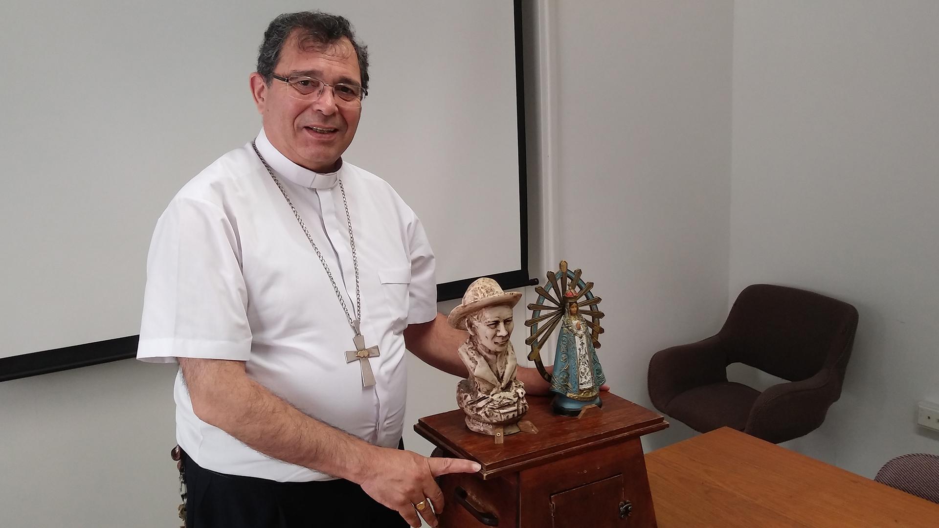 Mons. Carlos Tissera